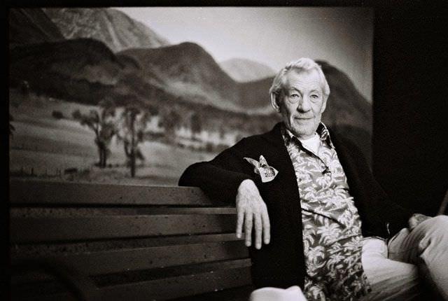 Ian McKellen durante el rodaje del videoclip