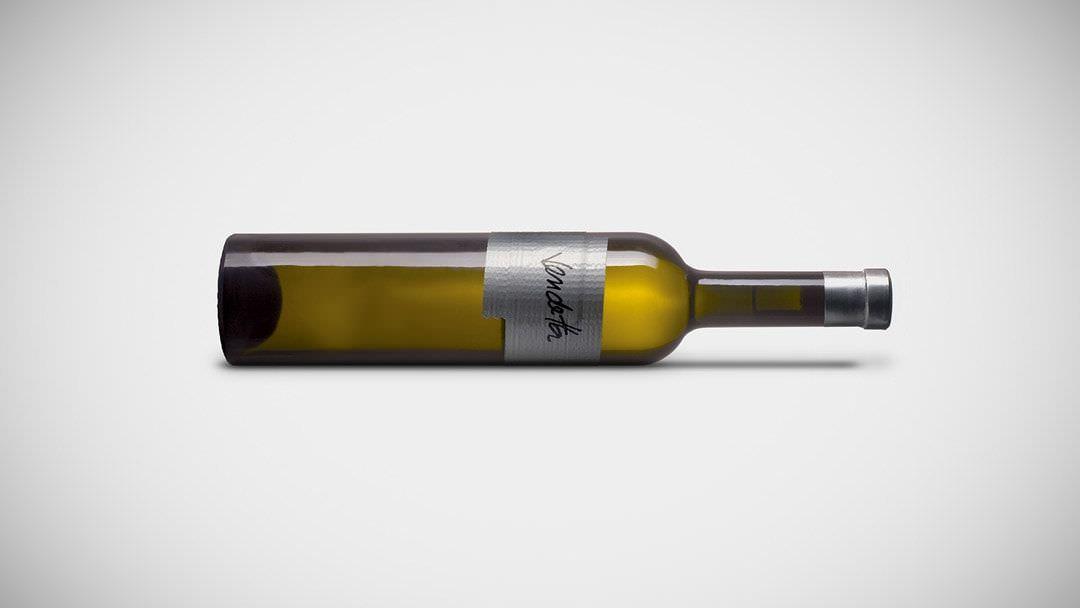 ejemplo diseño de etiqueta de vino Vendetta