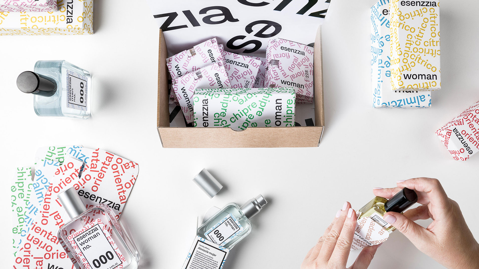 Corporate image, packaging and UX / UI design for ecommerce, Esenzzia, 2019